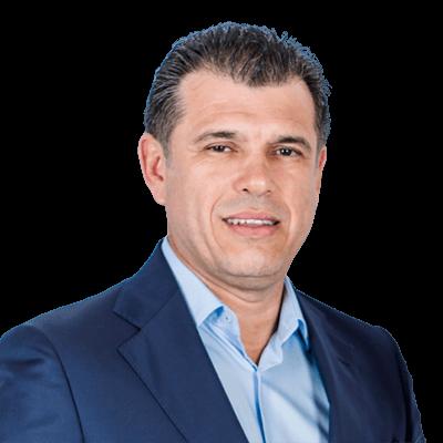 Ari Banegas | Managing Principal